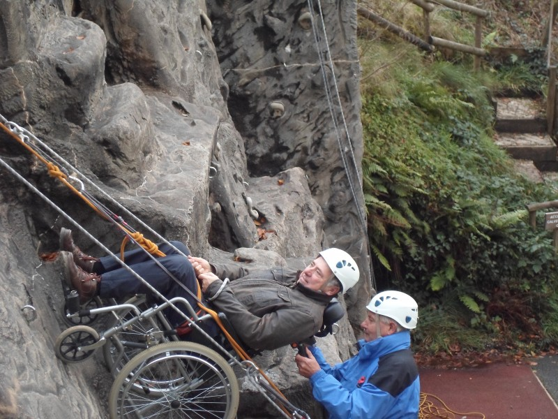 Russ and Spud abseiling