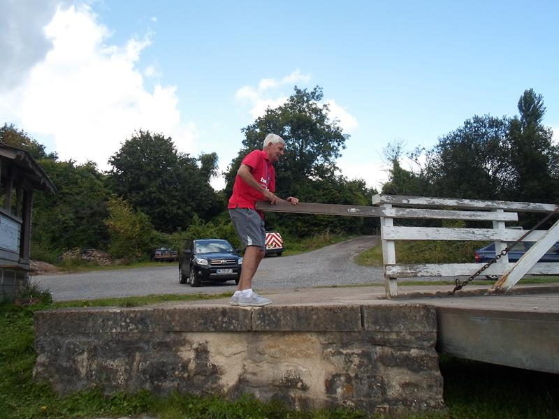 Spud opening the bridge.