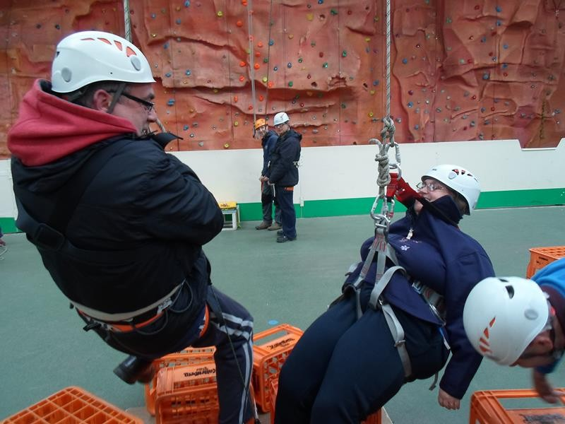 Matthew and Jayne coming down from the crate stacking, wow!