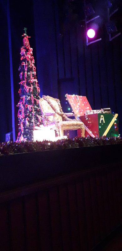 THE STAGE AT THE PLAYHOUSE, LADY JAYNE'S THRONE...
